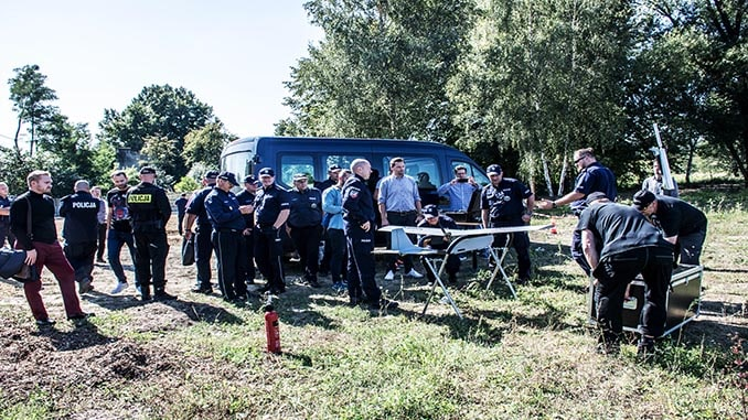 Robot Aviation Demonstrates The SkyRobot FX10 UAS Surveillance System For Polish Police