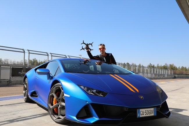 DJI FPV Combo Drone vs Lamborghini Huracan EVO